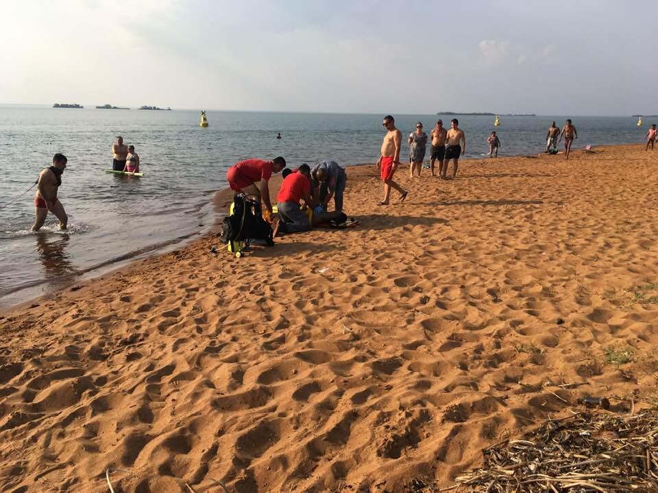 Adolescente de Assis morre afogado em 'prainha' de Presidente Epitácio — Foto: Osvaldo Bento