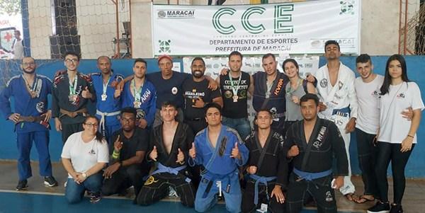 Equipe de Jiu-Jitsu de Cândido Mota conquista 17 medalhas em Maracaí — Foto: Divulgação