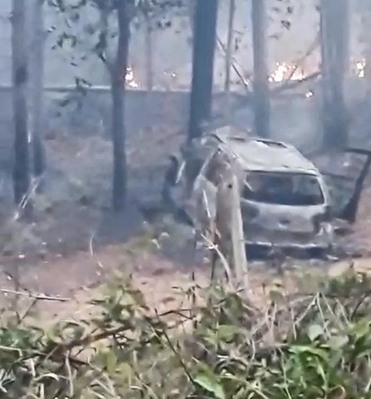 Carro ficou destruído após o acidente em Avaí — Foto: Arquivo pessoal