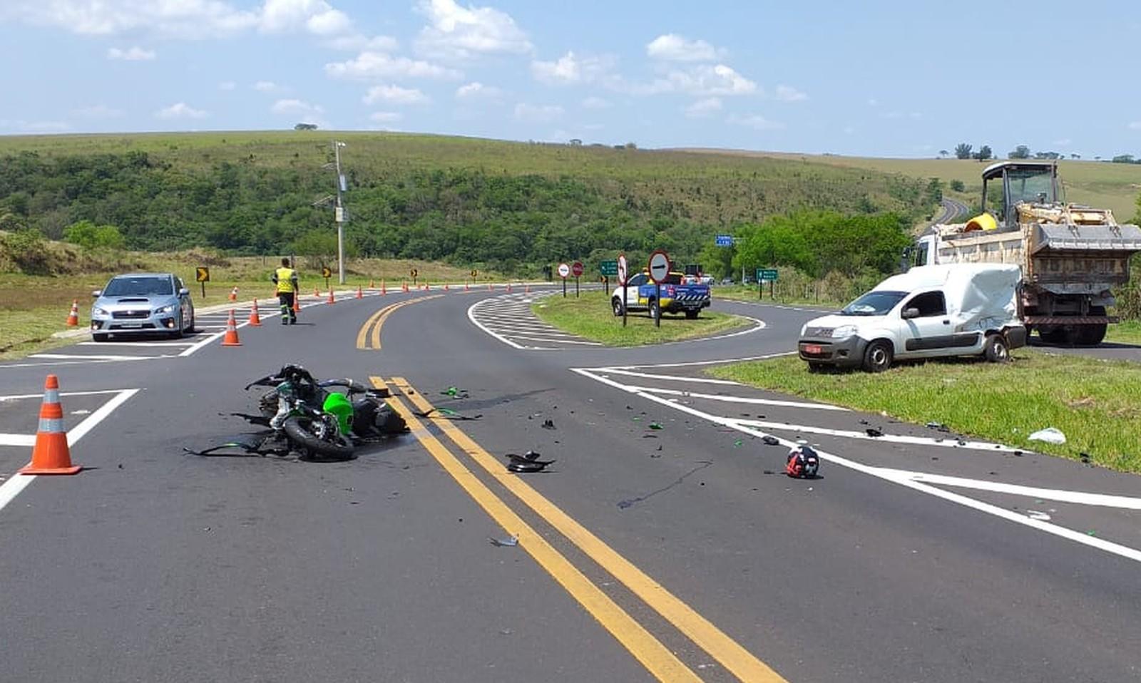 Empresário morre após sofrer acidente entre moto e carro na SP-333 — Foto: Facebook/Reprodução