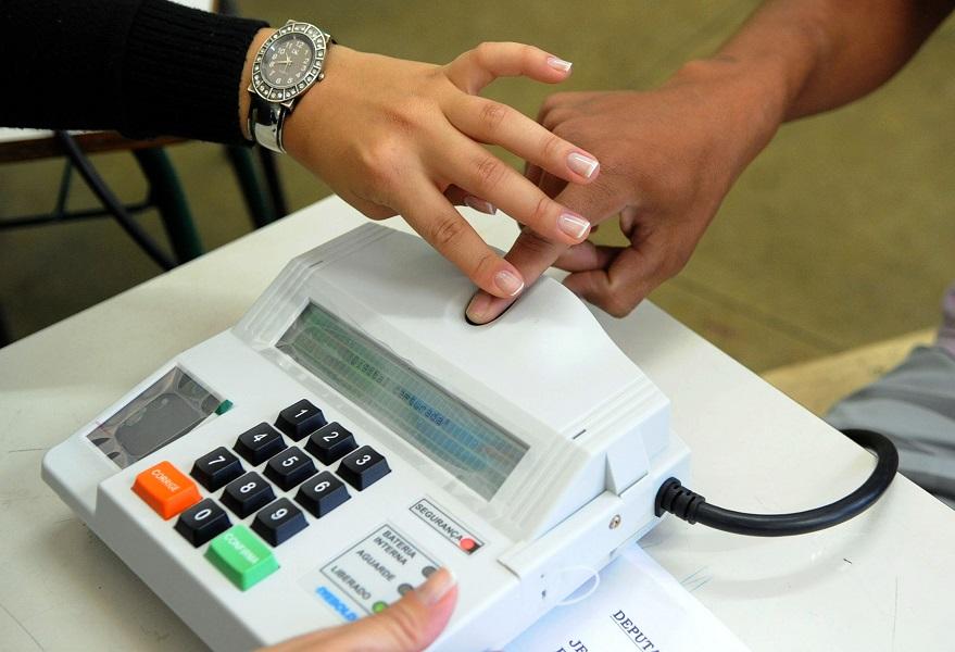 Cartório Eleitoral faz plantão para cadastramento biométrico neste sábado, 9