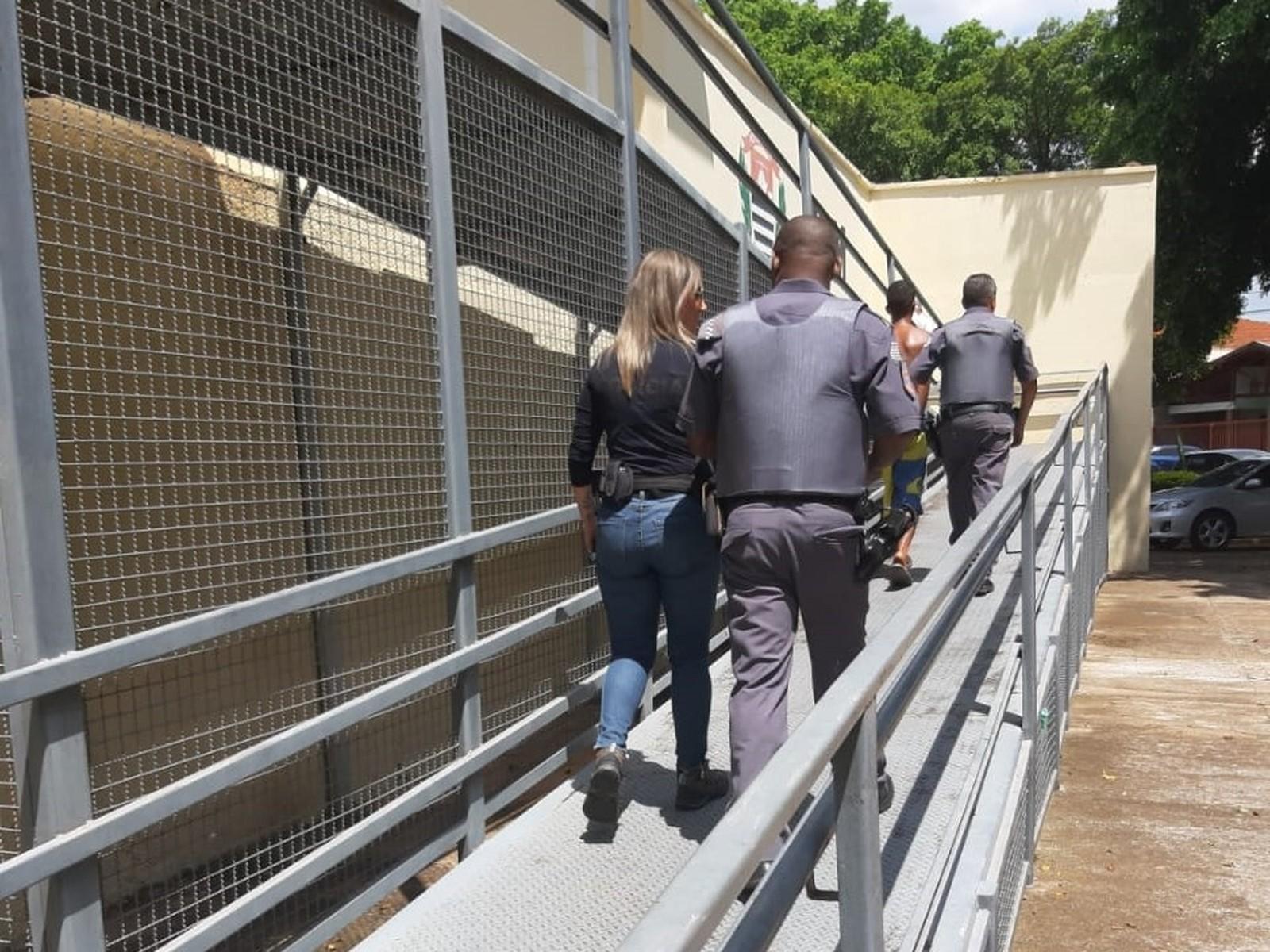 Adolescente é apreendido suspeito de agredir mãe diversas vezes em Garça — Foto: Polícia Civil/Divulgação