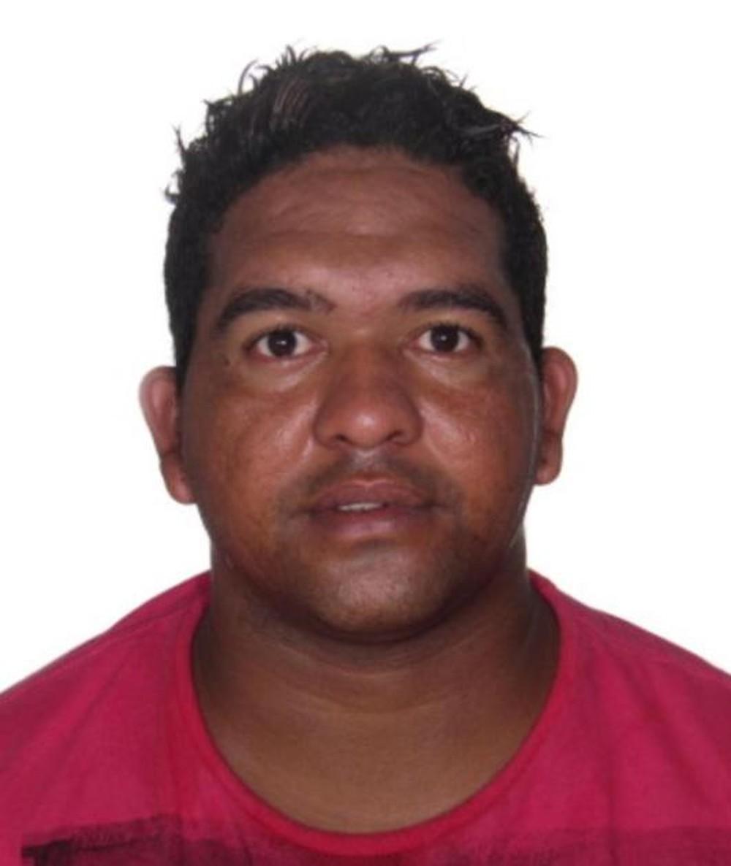 Alex Aparecido Cardoso, de 36 anos, foi preso na manhã desta segunda-feira (25) em Pirajuí — Foto: Polícia Civil/Divulgação