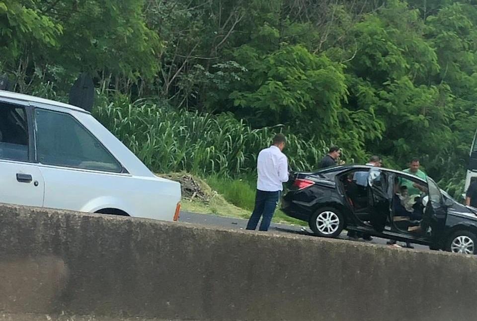Colisão traseira aconteceu no trecho urbano da rodovia Comandante João Ribeiro de Barros, em Marília — Foto: Arquivo pessoal