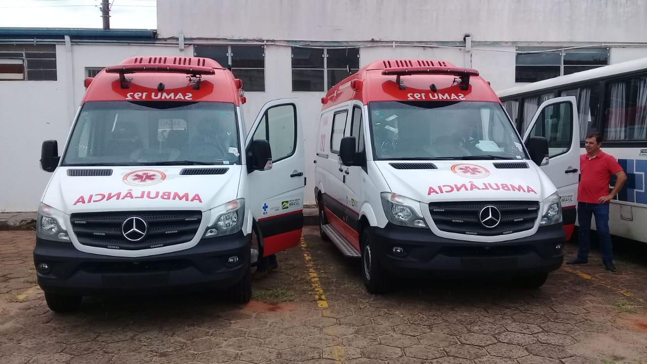 Assis recebe duas novas ambulâncias para SAMU — Foto: Divulgação/Prefeitura Municipal de Assis
