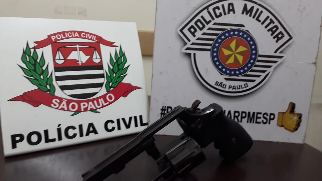 'Operação Conjunta' apreende revólver em Assis — Foto: Cedida/Polícia Civil
