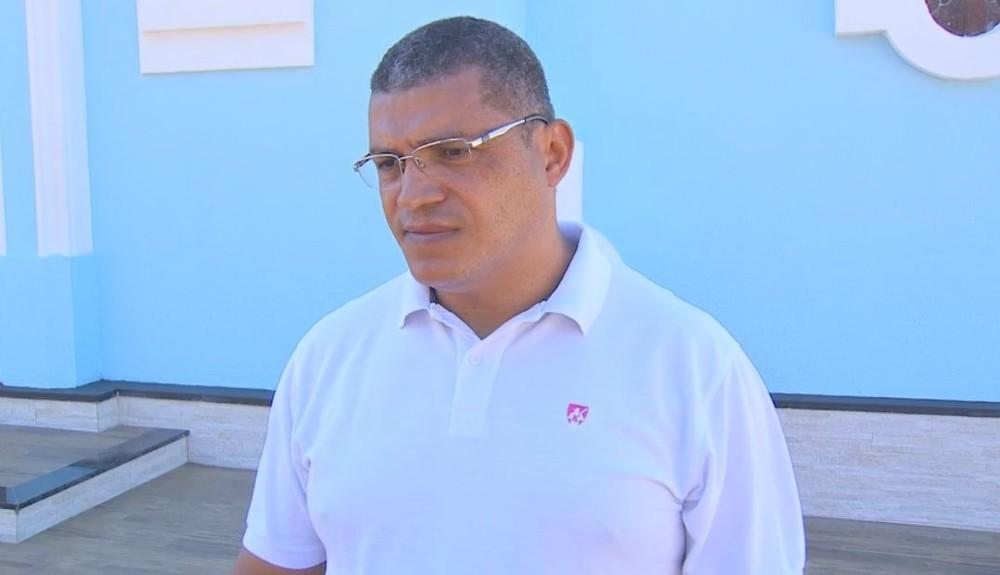 Padre ajudou no socorro do menino em Quintana — Foto: TV TEM / Reprodução