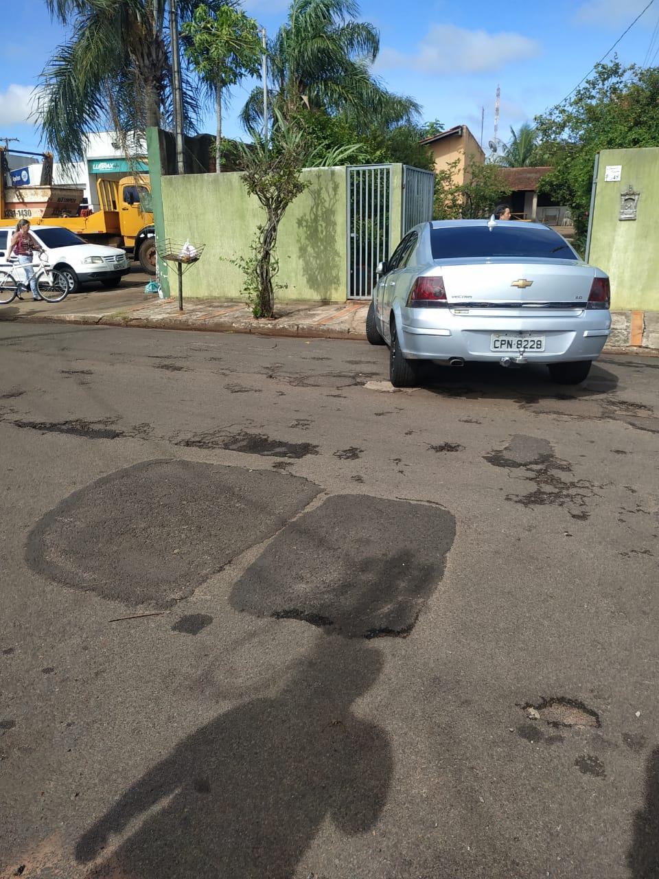 Homem é assassinado a tiros e facada na Vila Glória, em Assis — Foto: The Brothers