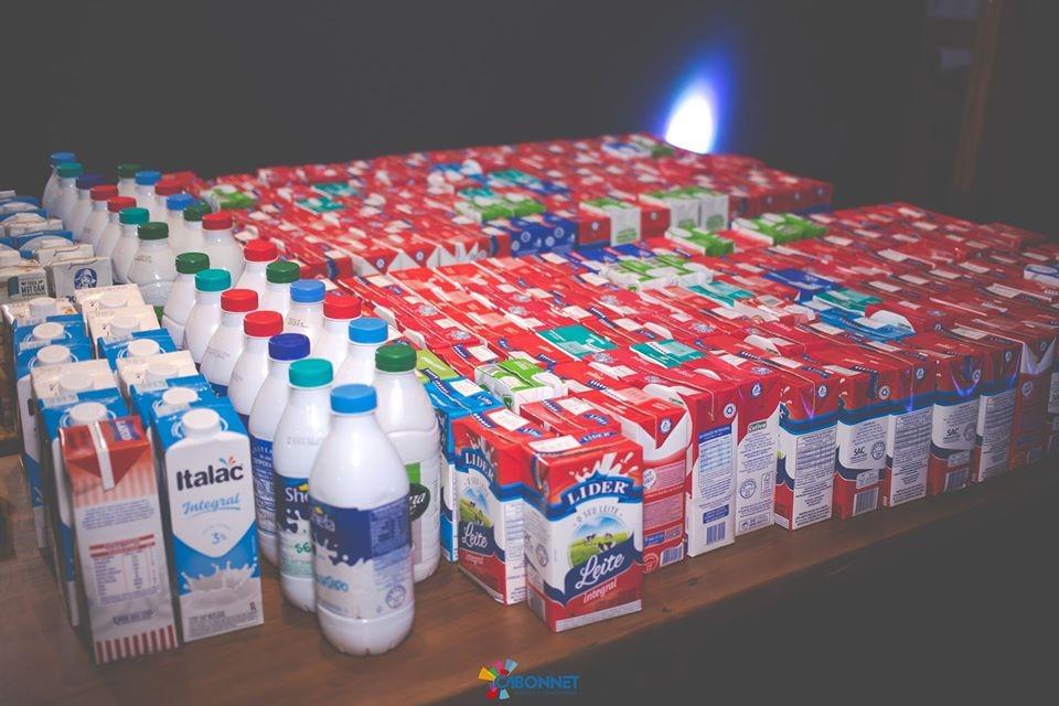 Cabonnet arrecada e doa leite para Casa das Crianças — Foto: Divulgação/Cabonnet
