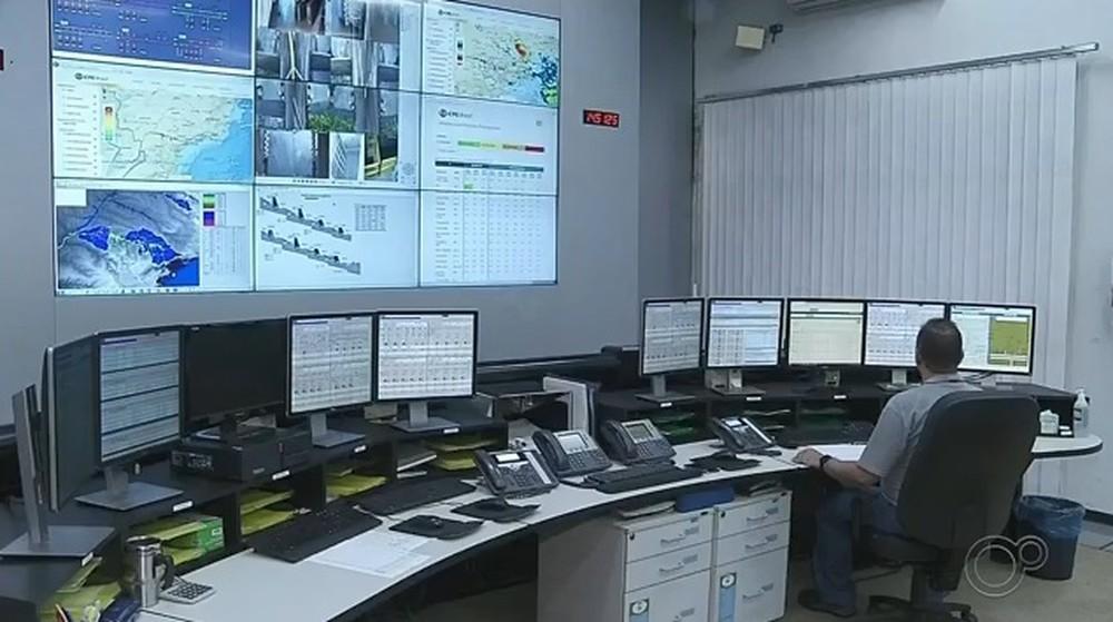 Usina hidrelétrica de Chavantes completa 50 anos de funcionamento — Foto: Reprodução/TV TEM