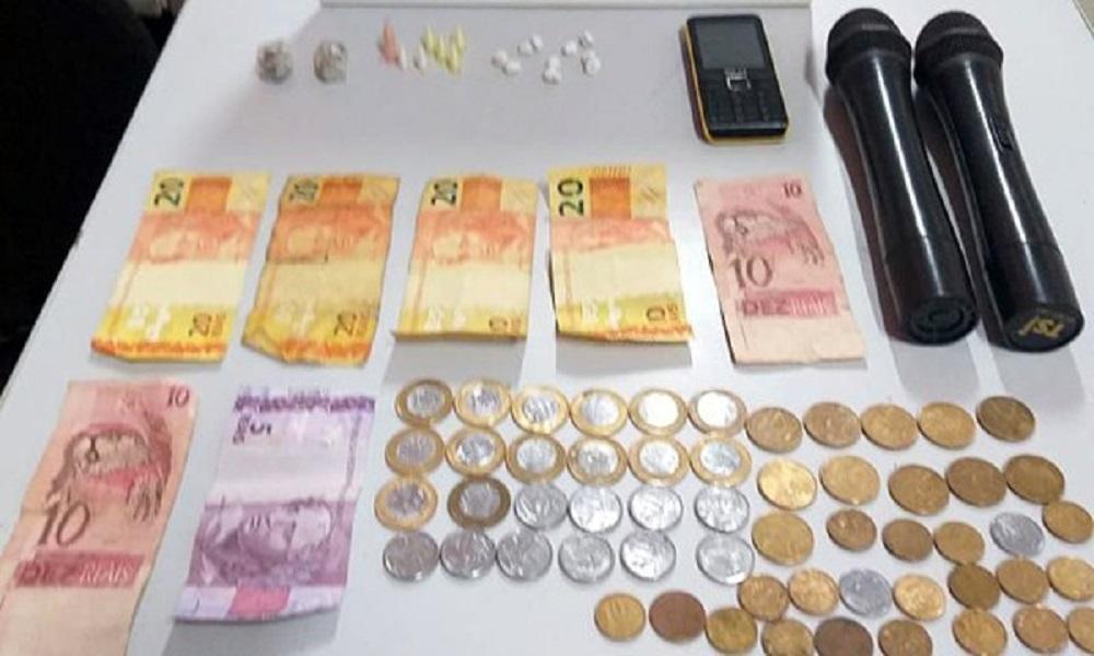 Homem é preso em flagrante por tráfico de drogas em Palmital — Foto: Divulgação/Polícia Militar