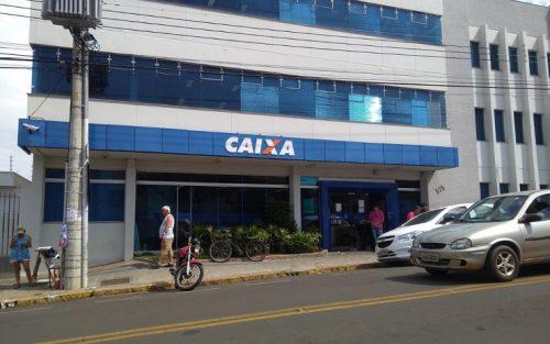 Agência da Caixa Econômica Federal da Avenida Nove de Julho — Foto: Reprodução