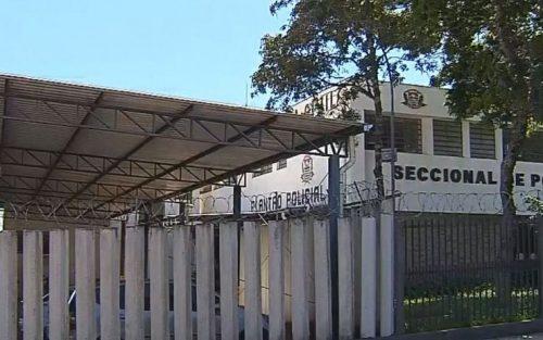 Idoso foi até a delegacia de Botucatu e confessou o crime — Foto: TV TEM | Reprodução