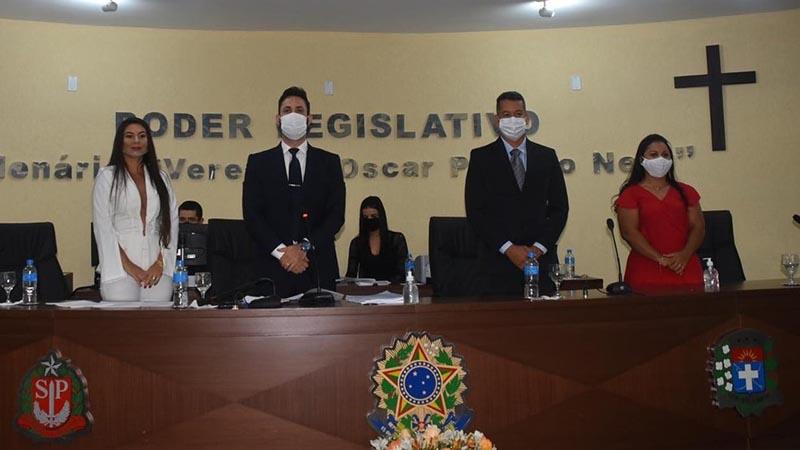 Vanes na posse da Câmara de Paraguaçu Paulista em janeiro desse ano — Foto: Câmara de Paraguaçu Paulista   Divulgação