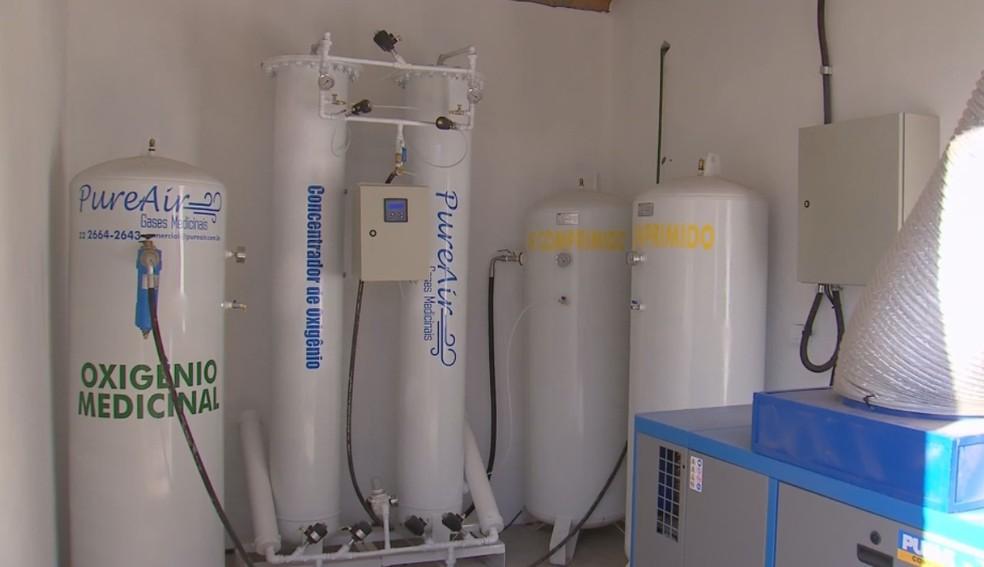 Mini usina de oxigênio foi instalada em hospital de campanha em Ourinhos — Foto: TV TEM/Reprodução